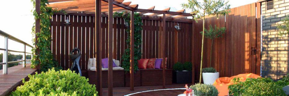 Projektowanie tarasów i ogrodów. Drewno na tarasie